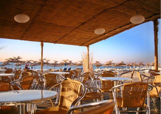 Berlin Golden Beach - Bar pe plaja
