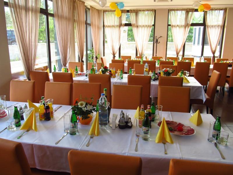 Balkan Jewel - Restaurant
