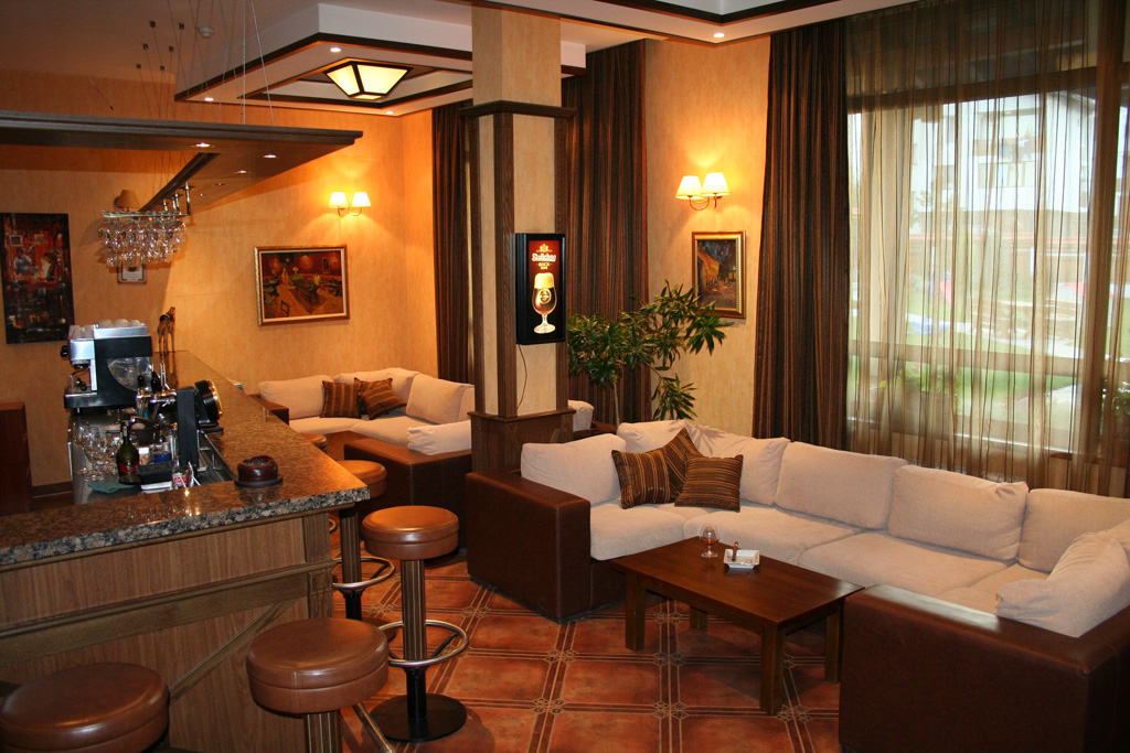 Evelina Palace 4* - Lobby bar
