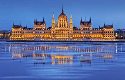 Apasati aici pentru cele mai bune tarife pentru Weekend la Budapesta