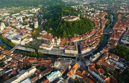 Apasati aici pentru cele mai bune tarife pentru Croatia si Slovenia