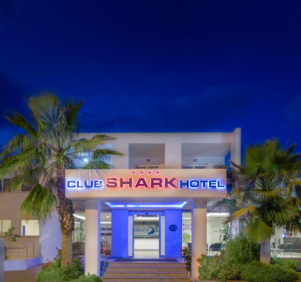 CLUB SHARK